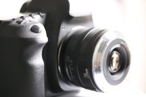 objektiv mit umkehrring an kamera