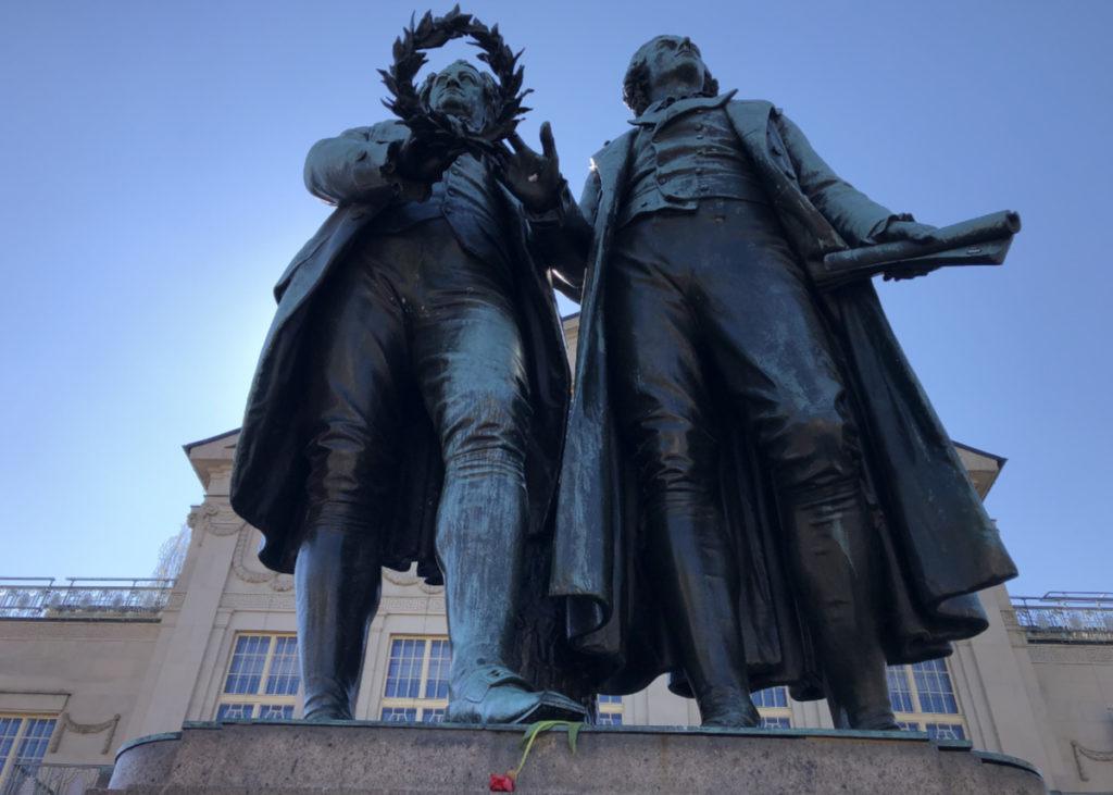 Goethe Schiller Denkmal in Weimar